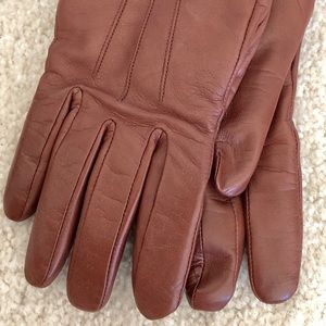 Coach Brown Short Leather Gloves, Size 6 1/2